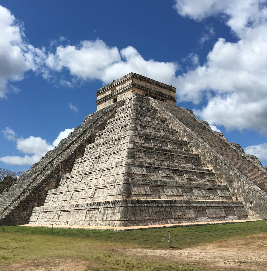 Chichen Itza gyönyörű maja piramisa